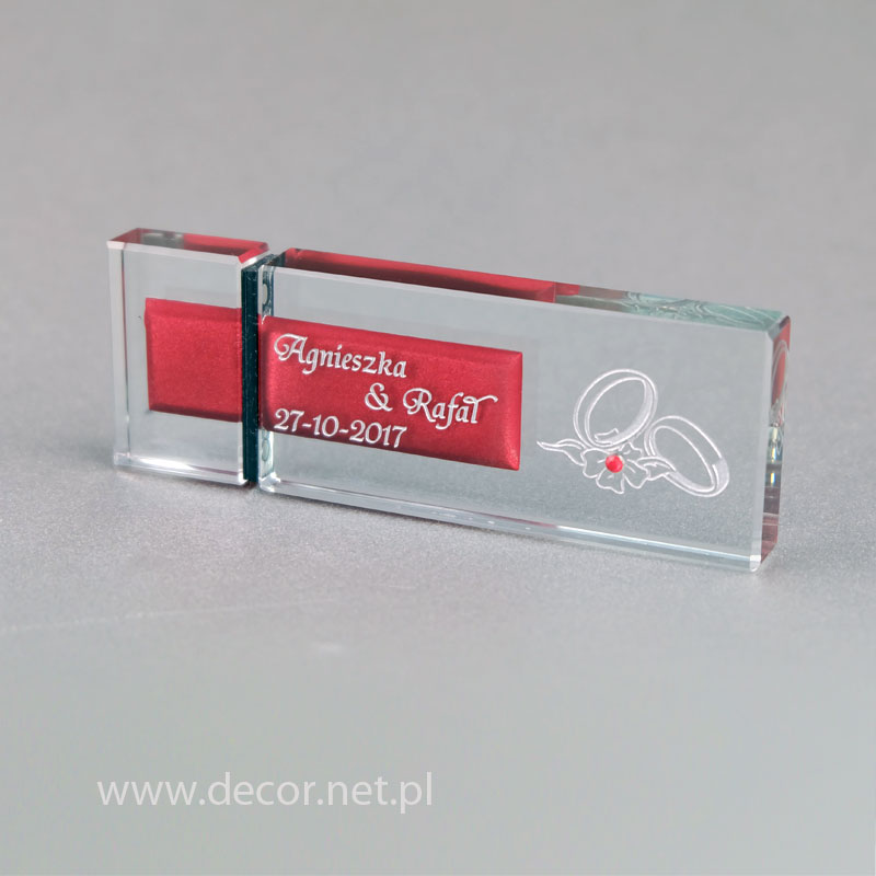 Prezent, upominek ślubny - pendrive ze szkła - elektroniczny album na zdjęcia