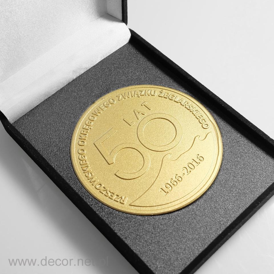 Medal okolicznościowy z okazji 50-cio lecia firmy