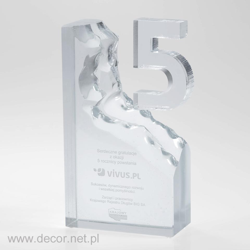 Kryształowa statuetka jubileuszowa z okazji 5 lecia firmy,