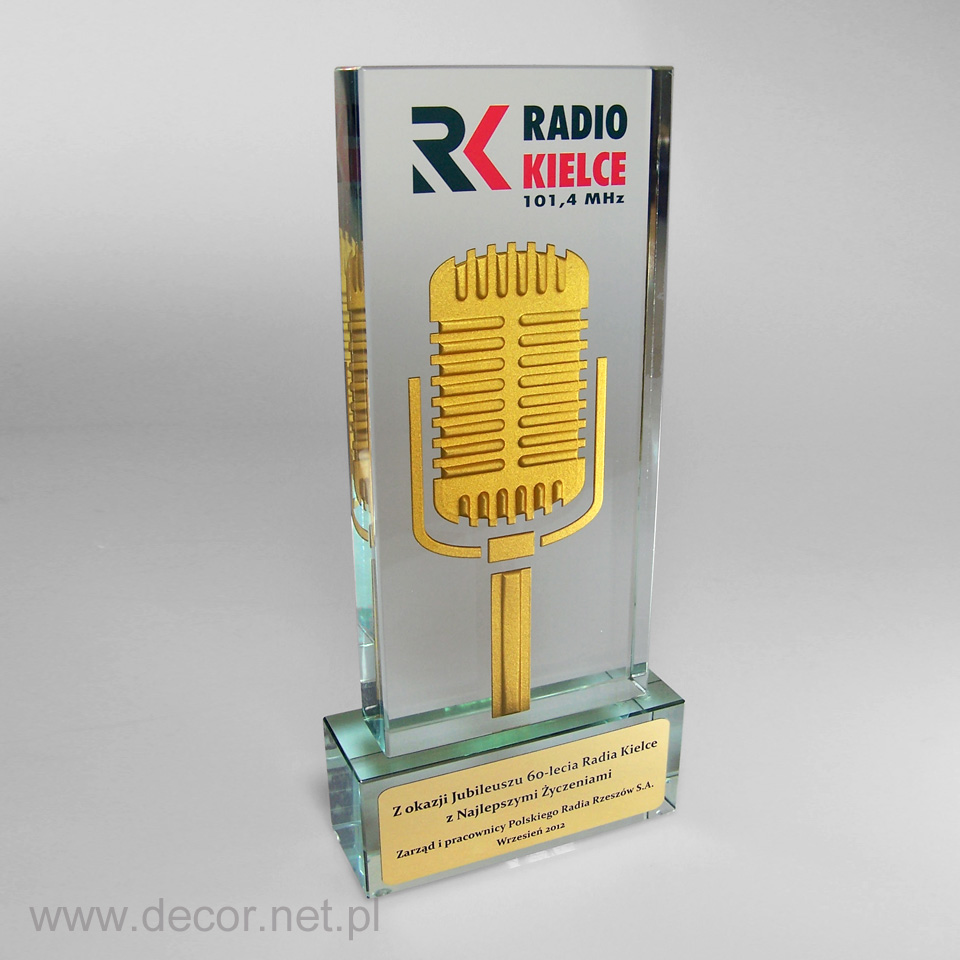 Muzyczna statuetka jubileuszowa radia Kielce