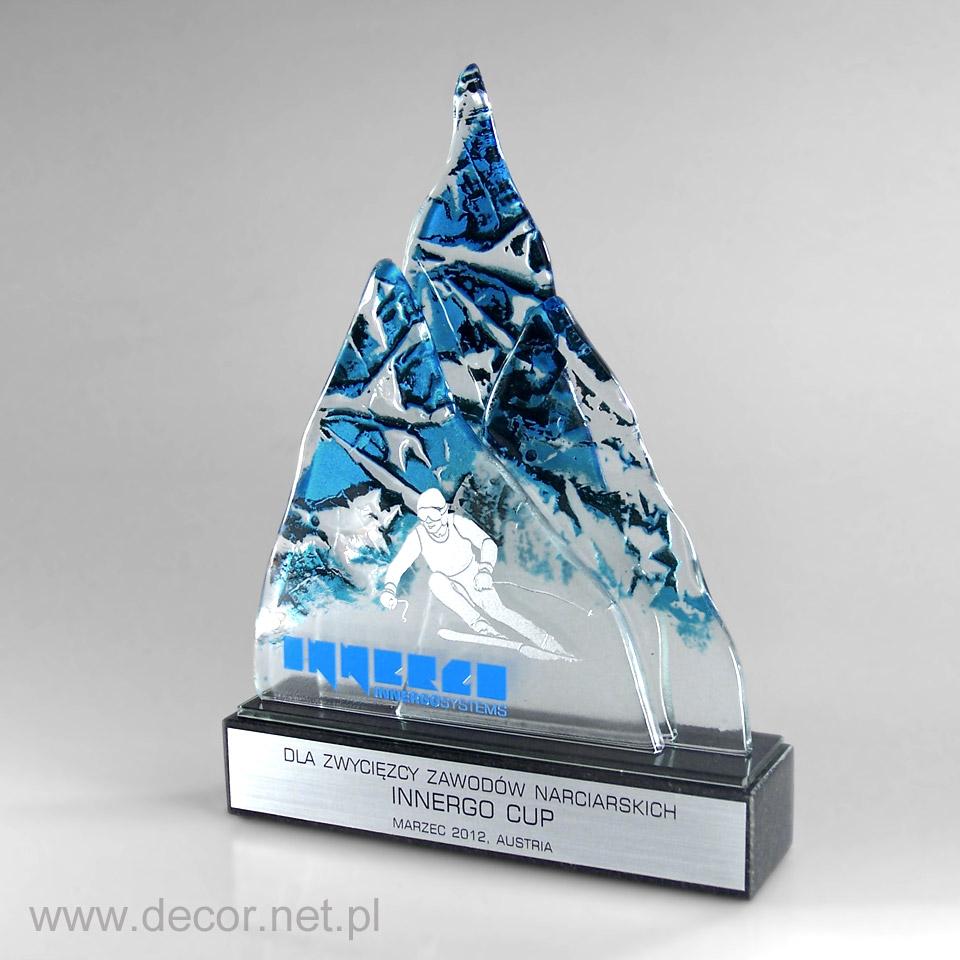 Statuetka narciarska w kształcie góry