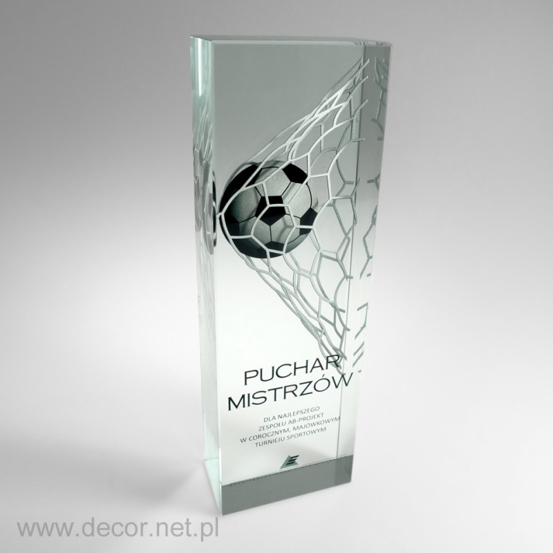 szklana statuetka piłkarska z kolorowym nadrukiem wewnątrz szkła